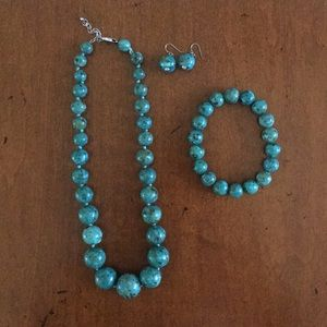 Turquoise necklace, bracelet and earring set